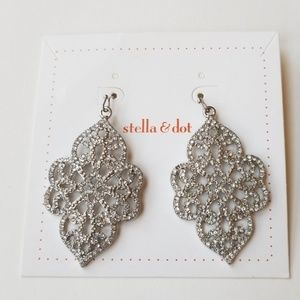 Stella and dot silver sparkle dangle earings